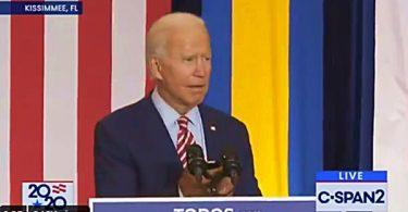 "Joe Biden Plays Luis Fonsi ""Despacito"" ft. Daddy Yankee"